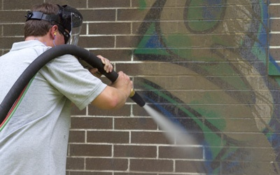 graffiti removal by dustless blasting direct